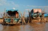 Asia;boat;boats;Cambodia;Chong-Khnies;Chong-Kneas;dry-dock;Indochina-Peninsula;Kampuchea;Kingdom-of-Cambodia;long-boat;long-boats;long-tail-boat;long-tailed-boat;long_tail-boat;long_tailed-boat;passenger-boat;passenger-boats;Port-of-Chong-Khneas;repair;repairs;Siem-Reap;Siem-Reap-Province;Siem-Reap-River;Southeast-Asia;stilt;stilts;tour-boat;tour-boats;tourist-boat;tourist-boats