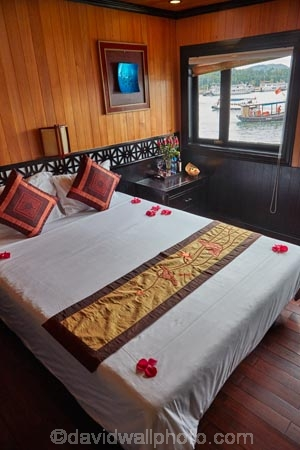 Asia;bed;bedroom;bedrooms;beds;boat;boats;cabin;cabins;cruise;double-bed;double-beds;Double-cabin;double-cabins;Galaxy-Premium-Boat;Galaxy-Premium-Cruise-Boat;Galaxy-Premium-Cruise-Boats;Galaxy-Premium-Cruises;Ha-Long-Bay;Halong-Bay;interior;interiors;North-Vietnam;Northern-Vietnam;Qung-Ninh-Province;Quang-Ninh-Province;queen-bed;queen-beds;South-East-Asia;Southeast-Asia;tourism;UN-world-heritage-area;UN-world-heritage-site;UNESCO-World-Heritage-area;UNESCO-World-Heritage-Site;united-nations-world-heritage-area;united-nations-world-heritage-site;Vnh-H-Long;Vietnam;Vietnamese;world-heritage;world-heritage-area;world-heritage-areas;World-Heritage-Park;World-Heritage-site;World-Heritage-Sites