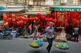 alley;alleys;alleyway;alleyways;Asia;Asian;back-street;back-streets;backstreet;backstreets;carrying-pole;carrying-stick;fresh-produce;fruit;hanging-basket;hanging-baskets;Hanoi;hawker;hawkers;lane;lanes;laneway;laneways;lantern-shop;lantern-shops;lanterns;milkmaids-yoke;Old-Quarter;produce;South-East-Asia;Southeast-Asia;street;street-scene;street-scenes;street-vendor;street-vendors;streets;vendor;vendors;Vietnam;Vietnamese;yoke;yokes