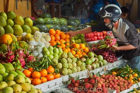 Asia;Asian;Central-Market;Central-Sea-region;citrus-fruit;colorful;colour;colourful;commerce;commercial;dragon-fruit;dragonfruit;farmer;farmer-market;farmer-markets;farmers-market;farmers-markets;farmers;farmers-market;farmers-markets;food;food-market;food-markets;food-stall;food-stalls;fruit;fruit-and-vegetables;fruit-market;fruit-markets;fruit-stall;fruit-stalls;fruit-stand;Hi-An;Hoi-An;Hoi-An-Central-Market;Hoi-An-Market;Hoi-An-Old-Town;Hoian;Indochina;market;market-place;market-stall;market-stalls;market_place;marketplace;marketplaces;markets;old-town;orange;oranges;people;person;produce;produce-market;produce-markets;produce-pmarket;product;products;retail;retailer;retailers;shop;shopping;shops;South-East-Asia;Southeast-Asia;stall;stalls;steet-scene;street-scene;street-scenes;tropical-fruit;UN-world-heritage-area;UN-world-heritage-site;UNESCO-World-Heritage-area;UNESCO-World-Heritage-Site;united-nations-world-heritage-area;united-nations-world-heritage-site;Vietnam;Vietnamese;world-heritage;world-heritage-area;world-heritage-areas;World-Heritage-Park;World-Heritage-site;World-Heritage-Sites