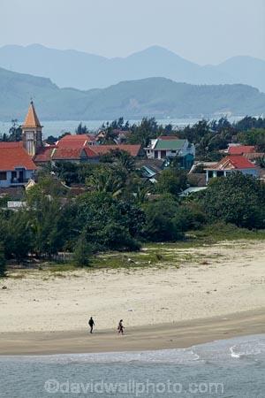beach;beaches;Lang-Co;Lang-Co-Beach;North-Central-Coast;Tha-Thiên_Hu-Province;Thua-Thien_Hue-Province;Vietnam;Vietnamese;Asia