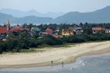 beach;beaches;Lang-Co;Lang-Co-Beach;North-Central-Coast;people;person;Tha-Thiên_Hu-Province;Thua-Thien_Hue-Province;Vietnam;Vietnamese;Asia
