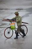 Asia;bicycle;bicycles;bike;bikes;cycle;cycler;cyclers;cycles;cyclist;cyclists;Ninh-Binh;Ninh-Bình-province;Ninh-Hai;Northern-Vietnam;people;person;push-bike;push-bikes;push_bike;push_bikes;pushbike;pushbikes;rain;raining;rainy;South-East-Asia;Southeast-Asia;street;street-scene;street-scenes;streets;Van-Lam-Village;Vietnam;Vietnamese