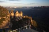 Australasia;Australia;Australian;Blue-Mountains;Blue-Mountains-N.P.;Blue-Mountains-National-Park;Blue-Mountains-NP;bluff;bluffs;cliff;cliffs;Echo-Point;erode;eroded;erosion;escarpment;escarpments;geological;geology;Gunnedoo;Jamison-Valley;Katoomba;last-light;late-light;lookout;lookouts;low-light;Meehni;mountainside;mountainsides;N.S.W.;New-South-Wales;NSW;panorama;panoramas;people;person;rock;rock-formation;rock-formations;rock-outcrop;rock-outcrops;rock-tor;rock-torr;rock-torrs;rock-tors;rocks;sandstone;scene;scenes;scenic-view;scenic-views;steep;stone;The-Three-Sisters;Three-Sisters;tourism;tourist;tourists;UN-world-heritage-site;UNESCO-World-Heritage-Site;united-nations-world-heritage-site;View;viewpoint;viewpoints;views;vista;vistas;Wimlah;world-heritage;world-heritage-area;world-heritage-areas;World-Heritage-Park;World-Heritage-site;World-Heritage-Sites