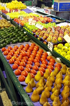 apple;apples;australasian;Australia;australian;avocado;avocadoes;citrus;colorful;colourful;commerce;commercial;food;food-market;food-markets;food-stall;food-stalls;fruit;fruit-and-vegetables;fruit-market;fruit-markets;fruits;market;market-place;market_place;marketplace;markets;Melbourne;pear;pears;produce;produce-market;produce-markets;product;products;Queen-Victoria-Market;retail;retailer;retailers;shop;shopping;shops;stall;stalls;steet-scene;stone-fruit;street-scenes;tomatoes;tomotoe;Victoria