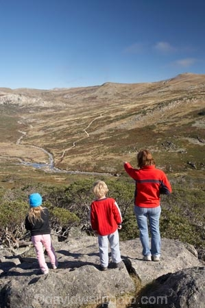 alpine;Australia;boy;boys;brother;brothers;child;children;families;family;girl;girls;Great-Dividing-Range;kid;kids;Kosciuszko-N.P.;Kosciuszko-National-Park;Kosciuszko-NP;little-boy;little-girl;Main-Range-Track;mother;mothers;mountains;N.S.W.;New-South-Wales;NSW;people;person;sibbling;sibblings;sister;sisters;small-boys;small-girls;Snowy-Mountains;Snowy-River;South-New-South-Wales;Southern-New-South-Wales