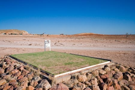 arid;Australasia;Australasian;Australia;Australian;Australian-Desert;Australian-Deserts;Australian-Outback;back-country;backcountry;Coober-Pedy;Coober-Pedy-Golf-Course;desert;Deserts;different;dusty;fairway;fairways;golf-course;golf-courses;golf-link;golf-links;green;greens;Outback;quirky;red-centre;S.A.;SA;sandy;South-Australia;tee;unusual