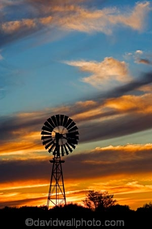 agricultural;agriculture;arid;Australasia;Australasian;Australia;australian;Australian-Desert;Australian-Deserts;Australian-Outback;back-country;backcountry;backwoods;bore-pump;bore-pumps;borepump;borepumps;country;countryside;desert;Deserts;dry;dusk;evening;farm;farming;farmland;farms;nightfall;Oodnadatta-Track;orange;Outback;red-centre;remote;remoteness;rural;S.A.;SA;silhouette;silhouettes;sky;South-Australia;sunset;sunsets;twilight;wilderness;William-Creek;wind;wind-mill;wind-mills;wind_mill;wind_mills;windmill;windmills;windy