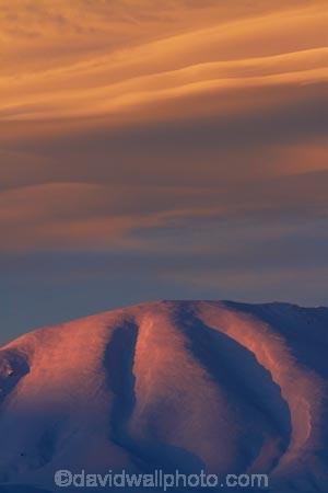 alpenglo;alpenglow;alpine;alpinglo;alpinglow;Altocumulus-lenticularis;Central-Otago;cloud;clouds;cold;Coldness;color;colors;colour;colours;Daytime;Exterior;extreme-weather;freeze;freezing;Hawkdun-Ra;Hawkdun-Range;high-country;hill;hills;Ida-Ra;Ida-Range;Ida-Valley;Idaburn;Landscape;Landscapes;lens_shaped-cloud;lens_shaped-clouds;lenticular-cloud;lenticular-clouds;Maniototo;Mount-Ida;mountain;mountainous;mountains;mt;Mt-Ida;Mt.-Ida;N.Z.;natural;Nature;New-Zealand;NZ;Otago;Oturehua;Outdoor;Outdoors;Outside;S.I.;Scenic;Scenics;Season;Seasons;SI;snow;snowfall;snowy;snowy-hills;snowy-mountains;South-Is;South-Is.;South-Island;Sth-Is;weather;White;winter;Wintertime;wintery;wintry