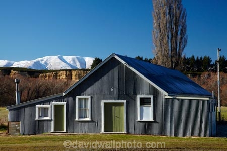 Aotearoa;building;buildings;Central-Otago;corrugated-iron;corrugated-metal;corrugated-steel;farm;farms;heritage;historic;historic-building;historic-buildings;historical;historical-building;historical-buildings;history;Kakanui-Mountains;Kyeburn;Maniototo;N.Z.;New-Zealand;NZ;old;Otago;poplar-tree;poplar-trees;Ranfurly;roofing-iron;roofing-metal;S.I.;SI;South-Is;South-Island;Sth-Is;tradition;traditional;zincalume