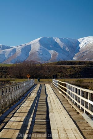 altitude;Aotearoa;bridge;bridges;Central-Otago;cold;Coldness;country;countryside;creek;creeks;extreme-weather;freeze;freezing;high-altitude;infrastructure;Kakanui-Mountains;Kakanui-Mtns;Kye-Burn;Kye-Burn-Bridge;Kyeburn;Maniototo;mount;mountain;mountain-peak;mountainous;mountains;mountainside;mt;N.Z.;New-Zealand;nz;Otago;outdoor;outdoors;outside;peak;peaks;Ranfurly;range;ranges;river;rivers;road-bridge;road-bridges;rural;S.I.;Scenic;Scenics;Season;Seasons;SI;snow;snow-capped;snow_capped;snowcapped;snowy;South-Is;South-Is.;South-Island;Sth-Is;stream;streams;traffic-bridge;traffic-bridges;transport;weather;White;winter;Wintertime;wintery;wintry