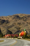 apple;apples;bend;bends;big;big-fruit;Central-Otago;centre-line;centre-lines;centre_line;centre_lines;centreline;centrelines;color;colors;colour;colours;corner;corners;cromwell;driving;fibreglass;fruit;giant;gold;golden;green;highway;highways;icon;icons;landmark;nectarine;nectarines;new-zealand;open-road;open-roads;peach;peaches;pear;pears;red;road;road-trip;roads;south-island;stone-fruit;stonefruit;straight;symbol;tourism;transport;transportation;travel;traveling;travelling;trip;yellow