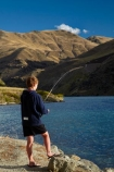 angler;anglers;angling;boy;boys;Cairnmuir-Range;Central-Otago;child;children;Cromwell;Cromwell-Gorge;fisher;fisherman;fishers;fishing;lake;Lake-Dunstan;lakes;leisure;N.Z.;New-Zealand;NZ;Otago;recreation;S.I.;SI;South-Is;South-Island;Sth-Is;water