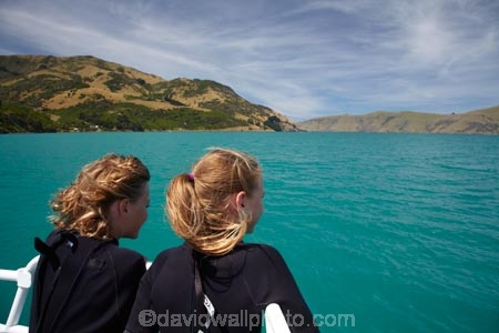 Akaroa;Akaroa-Harbor;Akaroa-Harbour;Banks-Peninsula;Black-Cat-Cruises;boat;boats;Canterbury;child;children;cruise;cruises;launch;launches;N.Z.;New-Zealand;NZ;people;person;S.I.;South-Is;South-Island;Swimming-with-dolphins-tour;tour-boat;tour-boats;tourism;tourist;tourist-boat;tourist-boats;water
