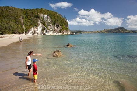 beach;beaches;boy;boys;child;children;coast;coastal;coastline;coastlines;coasts;Coromandel;Coromandel-Peninsula;families;family;foreshore;kid;kids;little-boy;little-boys;Lonely-Bay;Mercury-Bay;N.I.;N.Z.;New-Zealand;NI;North-Is;North-Is.;North-Island;NZ;ocean;oceans;people;person;sand;sandy;sea;seas;Shakespeare-Cliff;Shakespeare-Cliffs;Shakespeares-Cliff;Shakespeares-Cliffs;shore;shoreline;shorelines;shores;summer;Waikato;water