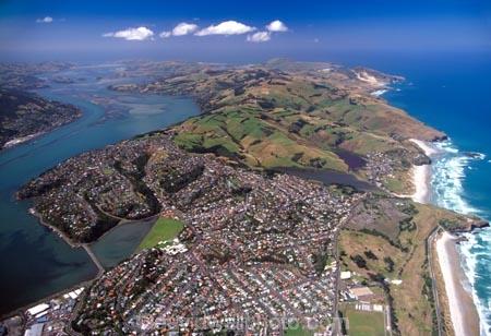 aerial;aerials;dunedin;otago-harbour;otago-peninsula;Pacific;Ocean;St-Kilda;Beach;beaches;harbor;harbors;harbour;harbours;south-dunedin;peninsula;shore;shoreline;andersons-bay;andy-bay;andersons-bay;inlet;andersons-bay-inlet;andersons-bay-inlet;bayfield-high-school;waverley;musselburgh;Tomohawk-Beach;Smaills-Beach;sandfly-bay;vauxhall;tainui;sheil-hill;tomahawk;tahuna;tahuna-intermediate