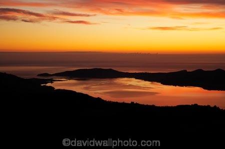 break-of-day;coast;coastal;coastline;coastlines;coasts;dawn;Dawn-View;dawning;daybreak;Dunedin;first-light;harbor;harbors;harbour;harbours;morning;Mount-Cargill;Mt-Cargill;Mt.-Cargill;N.Z.;New-Zealand;NZ;ocean;oceans;orange;Otago;Otago-Harbour;Otago-Peninsula;S.I.;sea;shore;shoreline;shorelines;shores;SI;South-Is.;South-Island;sunrise;sunrises;sunup;Taiaroa-Head;twilight