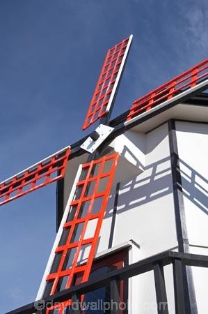 Dannevirke;N.I.;N.Z.;New-Zealand;NI;North-Is;North-Island;NZ;Tararua-District;Wairarapa;wind-mill;windmill;windmills