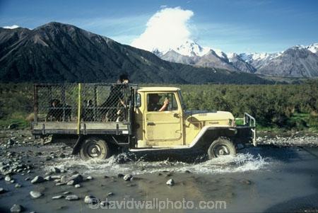 crossing;dog;farm;farming;farms;ford;high-country;highcountry;sheepdog;splash;splashing;toyota;water