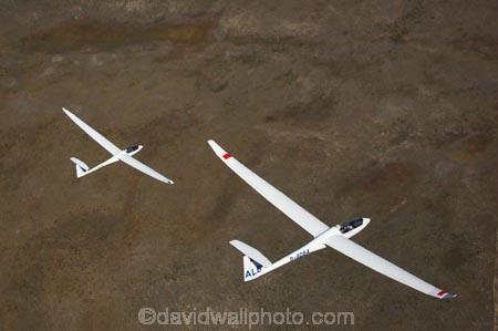 aerial;aerial-photo;aerial-photography;aerial-photos;aerials;air-to-air;aviate;aviation;aviator;aviators;Ben-Flewett;Discus-2a;flies;fly;flying;Giorgio-Galetto;glide;glider;gliders;glides;gliding;N.Z.;New-Zealand;New-Zealand-Gliding-Grand-Prix;North-Otago;NZ;NZ-Gliding-Grand-Prix-2006;Omarama;pair;race;races;racing;S.I.;sail-plane;sail-planes;sail-planing;sail_plane;sail_planes;sail_planing;sailplane;Sailplane-Grand-Prix;sailplanes;sailplaning;SI;soar;soaring;South-Island;two;Waitaki-District;wing;wings