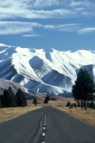 winter;snow;southern-alps;alpine;road;roads;transport;driving;centre-line;dotted-line;mountain;mountains