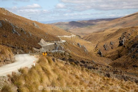 back-country;backcountry;Central-Otago;countryside;Dansey-Pass;Danseys-Pass;Danseys-Pass;Danseys-Pass-Road;gravel-road;gravel-roads;high-altitude;high-country;highcountry;highlands;Kyeburn;Maniototo;metal-road;metal-roads;metalled-road;metalled-roads;N.Z.;New-Zealand;NZ;Otago;remote;remoteness;road;roads;rural;S.I.;SI;South-Is.;South-Island;tussock;tussockland;tussocklands;tussocks;uiplands;upland;uplands;Upper-Kyeburn