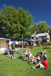Arrowtown;boy;boys;child;children;cousin;cousins;Eating;extended-family;families;Family;father;girl;girls;grandfather;grandmother;grandparents;ice-cream;ice-creams;ice_cream;ice_creams;icecream;icecream-cone;icecream-cones;Icecreams;mother;N.Z.;New-Zealand;NZ;Otago;parents;S.I.;SI;South-Island;three-generations;Village-Green;whanau