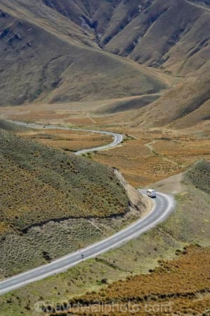 bend;bends;bus;buses;Central-Otago;coach;coaches;corner;corners;driving;high-country;highcountry;highland;highlands;highway;highways;Lindis-Pass;N.Z.;New-Zealand;North-Otago;NZ;open-road;open-roads;Otago;ridge;ridgeline;ridgelines;ridges;road;road-trip;roads;SI;snow-tussock;snow-tussocks;South-Island;State-Highway-8;State-Highway-Eight;tour-bus;tour-buses;tour-coach;tour-coaches;touring;tourism;tourist;tourist-bus;tourist-buses;tourist-coach;tourist-coaches;tourists;transport;transportation;travel;traveling;travelling;trip;tussock;tussock-land;tussock-lands;tussockland;tussocklands;tussocks;uplands