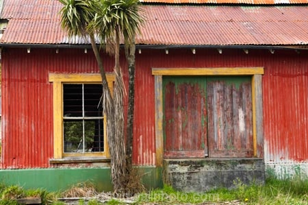 abandoned;building;buildings;cabbage-tree;corrugated-iron;corrugated-steel;derelict;Greymouth;heritage;historic;historical;history;New-Zealand;old;Old-Ice-Cream-Factory;south-island;West-Coast;westland