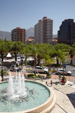 Arauco;Arauco-Shopping-Centre;Arauco-Shopping-Mall;arcade;arcades;boulevard;c.b.d.;capital-cities;capital-city;Capital-of-Chile;cbd;central-business-district;Chile;cities;city;cityscape;cityscapes;commerce;commercial;fountain;fountains;high-rise;high-rises;high_rise;high_rises;highrise;highrises;Las-Condes;mall;Mall-Parque-Arauco;malls;multi_storey;multi_storied;multistorey;multistoried;office;office-block;office-blocks;offices;Parque-Arauco;Parque-Arauco-Shopping-Centre;Parque-Arauco-Shopping-Mall;plaza;plazas;retail;retail-store;retailer;retailers;Santiago;shop;shopping;shopping-arcade;shopping-arcades;shopping-center;shopping-centers;shopping-centre;shopping-centres;shopping-mall;shopping-malls;shops;South-America;steet-scene;Sth-America;street-scenes;tower-block;tower-blocks