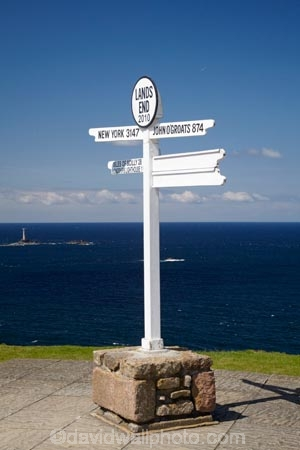 direction-and-distance-sign;direction-and-distance-signs;Direction-sign;Direction-signs;Distance-and-direction-sign;Distance-and-direction-signs;Distance-sign;Distance-signs;John-OGroat-874-miles;Lands-End;Lands-End;sign;signs