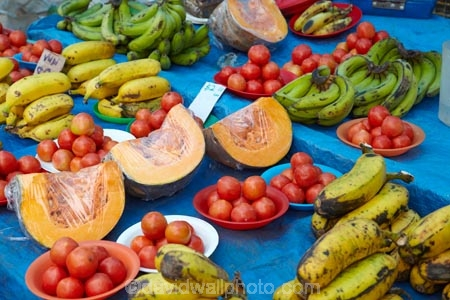 banana;bananas;colorful;colourful;commerce;commercial;Fij;Fiji-Islands;food;food-market;food-markets;food-stall;food-stalls;fresh-produce;fruit;fruit-and-vegetables;fruit-market;fruit-markets;market;market-place;market_place;marketplace;markets;Pacific;produce;produce-market;produce-markets;produce-stall;product;products;pumpkin;pumpkins;retail;retailer;retailers;shop;shopping;shops;South-Pacific;stall;stalls;steet-scene;street-scenes;Suva;Suva-Market;Suva-Municipal-Market;Suva-Produce-Market;tomato;tomatoes;Viti-Levu;Viti-Levu-Island