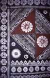 pattern;patterns;brown;white;black;natural;tradition;traditional;custom;customary;custons;craft;handmade;hand_made;hand-made;craftswomen;craftsmen;cloth;material