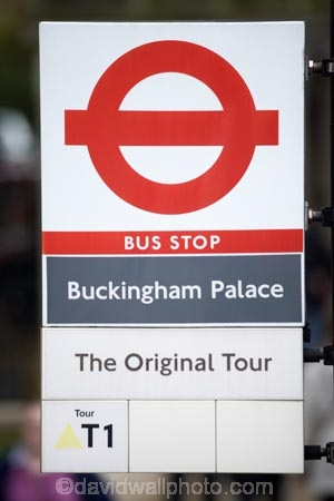 Britain;Buckingham-Palace;Bus-stop-sign;bus-stop-signs;England;Europe;G.B.;GB;Great-Britain;London;london-transport;road-sign;road-signs;sign;signs;street-sign;street-signs;U.K.;UK;United-Kingdom